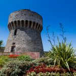 tower of the port with sea views capraia_566772454