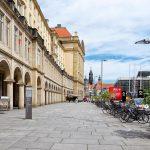 Street in Dresden_563066710