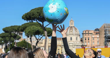 From Pacific to Arctic, students demand action on climate