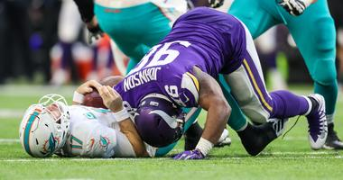 Hoch & Crowder: Time for Dolphins to clean house?