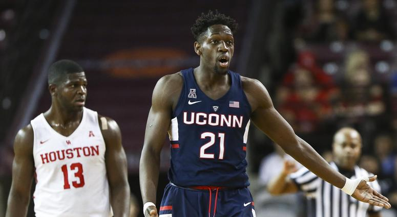 UConn Forward Undergoes Knee Surgery, Out 4 To 6 Months