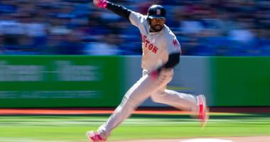 Martinez Homers As Red Sox Beat Blue Jays 5-3