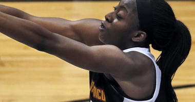 Chiney Ogwumike Gets First WNBA Victory Against Sister