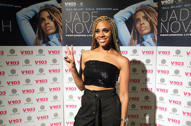 Jade Novah prepares to meet fans at V-103's August 2018 Soul Session