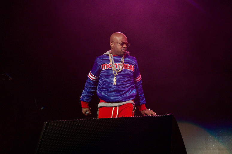 Jermaine Dupri on stage at State Farm Arena