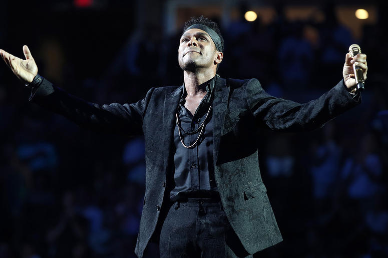 Singer-songwriter Maxwell performs the National Anthem during the opening night ceremony at Arthur Ashe Stadium during Day One of the 2018 US Open Tennis Championship at the USTA Billie Jean King National Tennis Center