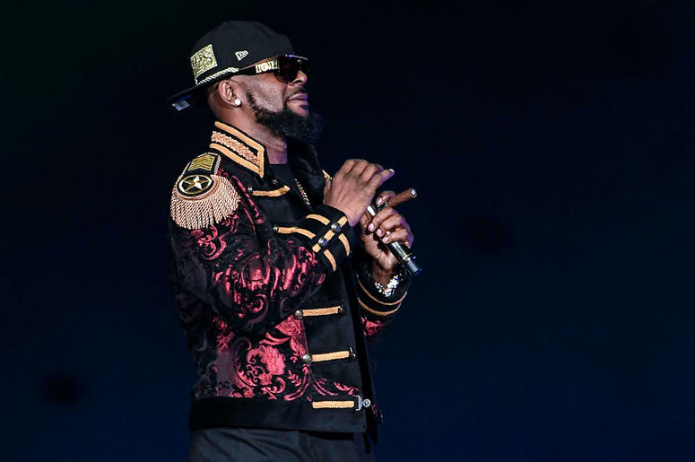 R. Kelly performs at the American Airlines Arena in Miami in 2016