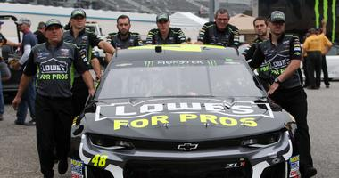 Jimmie Johnson and crew
