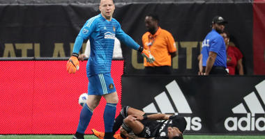 Brad Guzan: 'Stop giving Parkhurst all the credit about the defense'