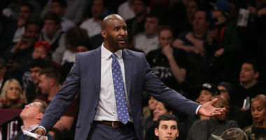 Why Lloyd Pierce handles Vince Carter with kid gloves