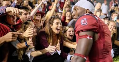 """Connor Shaw: """"Williams-Brice is a constant roar; can be overwhelming from a QB perspective"""""""