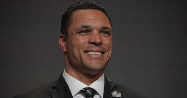Pro Football Hall of Fame tight end Tony Gonzalez