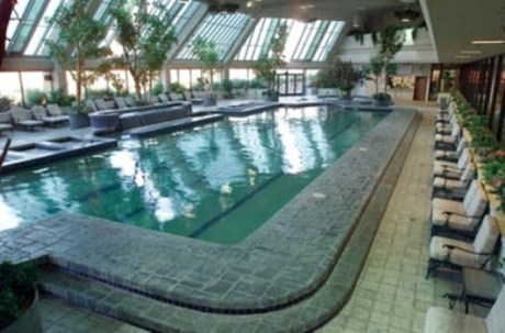 Nugget casino resort guest reservations - Reno hotels with indoor swimming pool ...