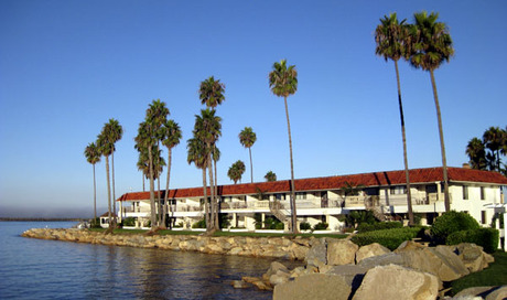 Oceanside Marina Suites