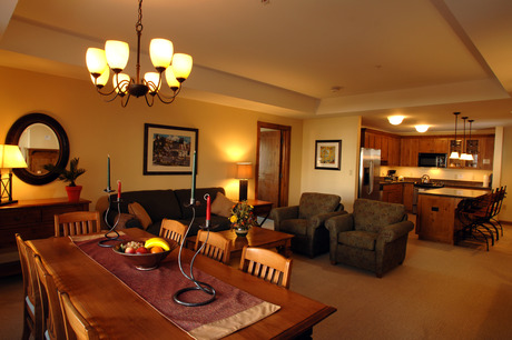 Lodge at Mountaineer Square