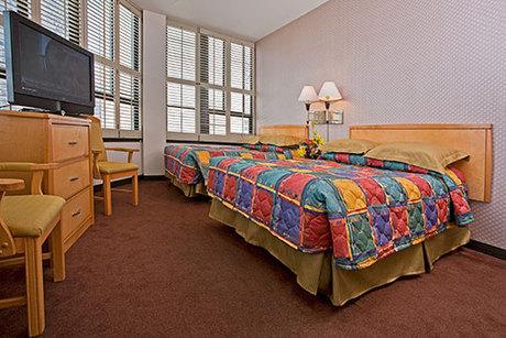grant plaza hotel guest reservations. Black Bedroom Furniture Sets. Home Design Ideas