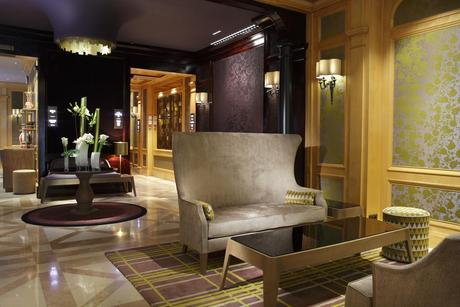 Hotel Rochester Champs Elysees Paris