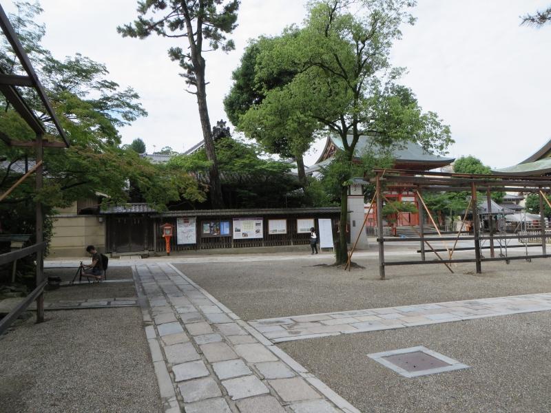 https://s3.amazonaws.com/s3bucket01.elvenware.com/japan/2013-06-20/IMG_0100-small.jpg