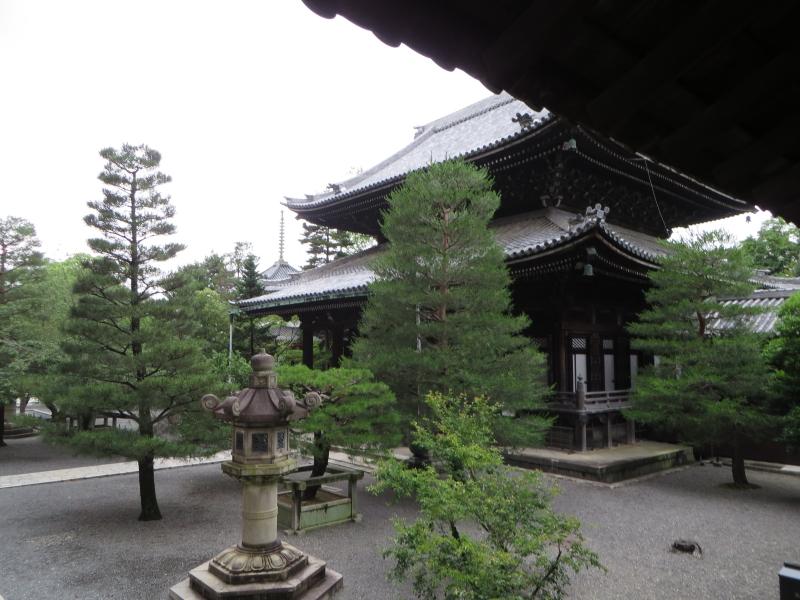 https://s3.amazonaws.com/s3bucket01.elvenware.com/japan/2013-06-20/IMG_0156-small.jpg
