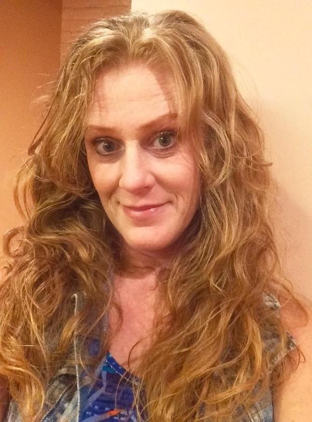 Julie Curl
