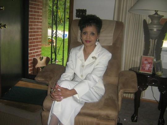 Eunice M Roseman