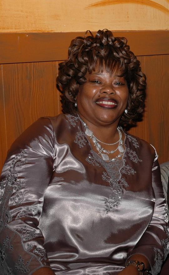 Gloria Middleton