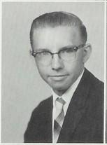 Lloyd M Welk
