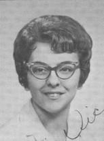 Vicki Hall (Houle)