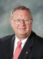 Robert E Dietrich