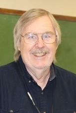 ROBERT W. (BOB) MCDOWELL