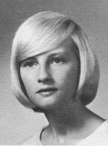 Linda M. Newark (Herrera)