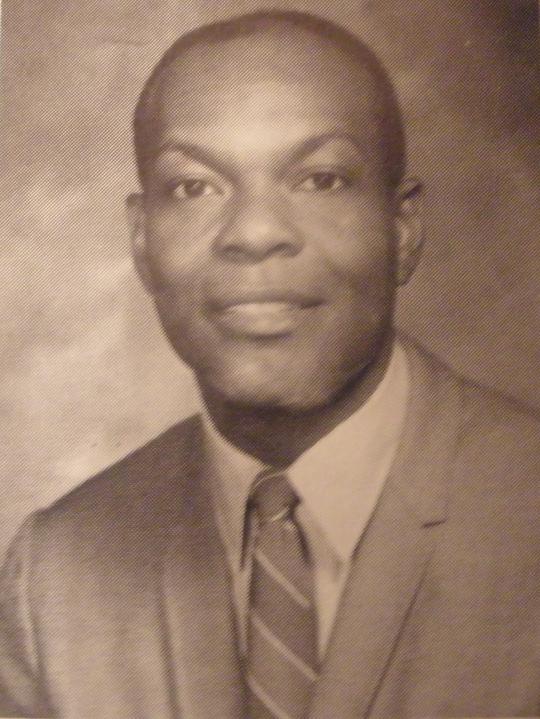 Willie Sanford ( D )