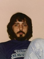 1982 Jerry in Mavs T-shirt a