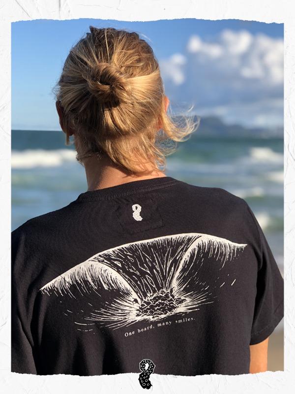Camiseta Lora Brava Wave Preta