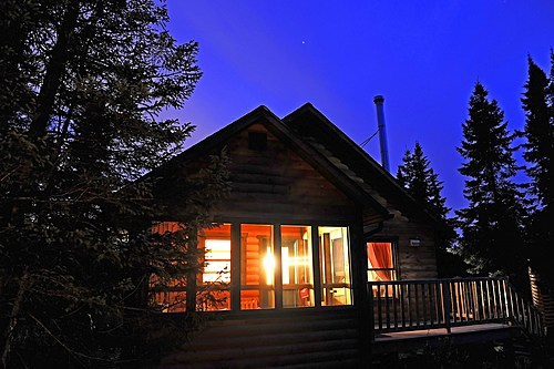 Pnd monts valin   chalet nuit small