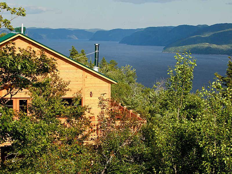 Fjord saguenay pourvoirie cap au leste canada big
