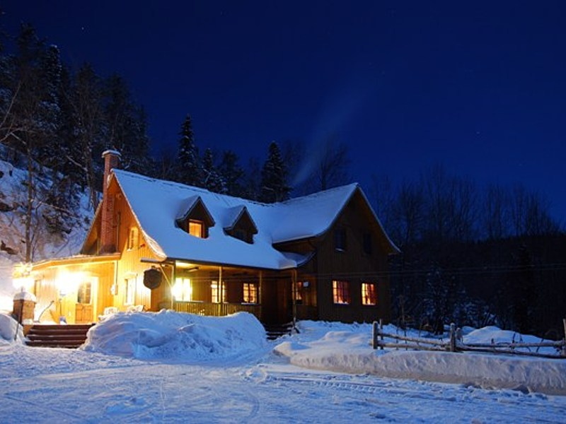 Maison la nuit big