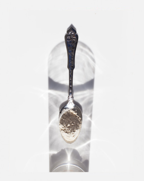 Adaptogens_spoon_macca