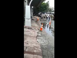Video : ఎమ్మెల్యే క్వార్టర్స్ వద్ద సూట్కేస్ కలకలం