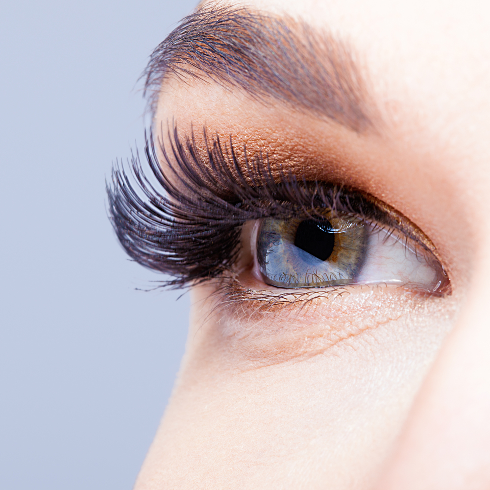 Longer eyelashes naturally