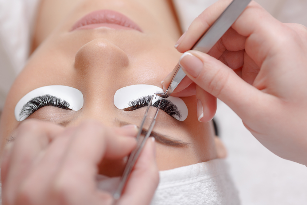 Everything You Need To Know About Eyelash Extensions