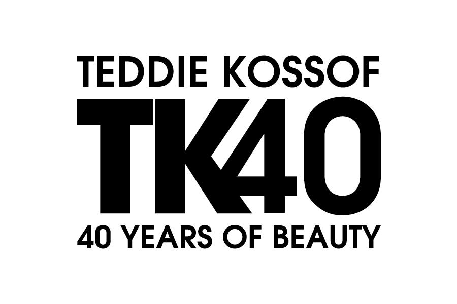 CHICAGO TRIBUNE RECOGNIZES KOSSOF'S 40TH YEAR