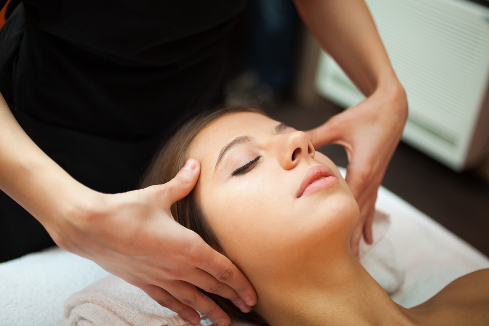 The Benefits of Professional Spa Facials