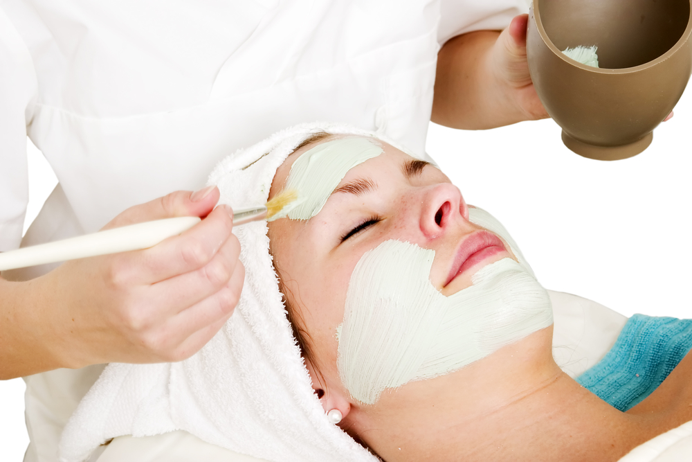 Professional Peels for a Customized Spa Facial
