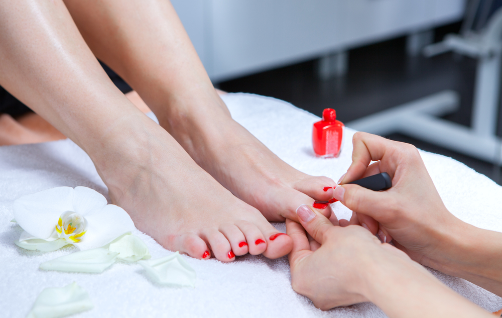 The benefits of regular pedicures