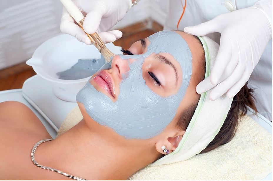 Five Important Benefits of Professional Spa Facials