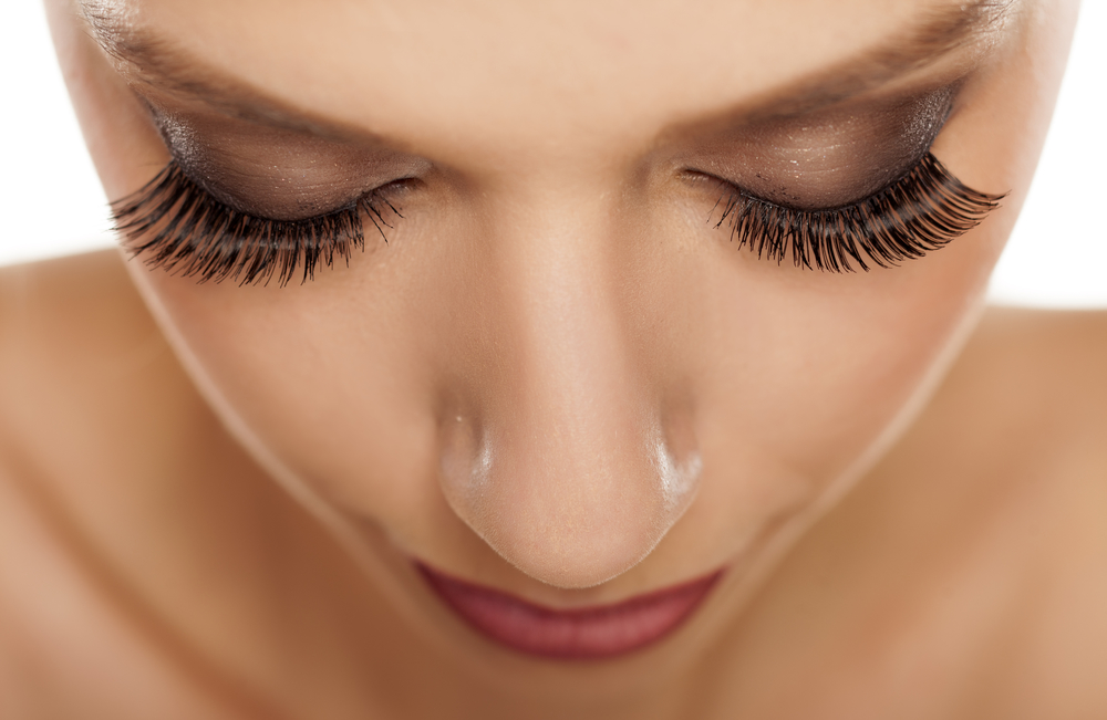 Get Long, Luscious Lashes with Eyelash Extensions
