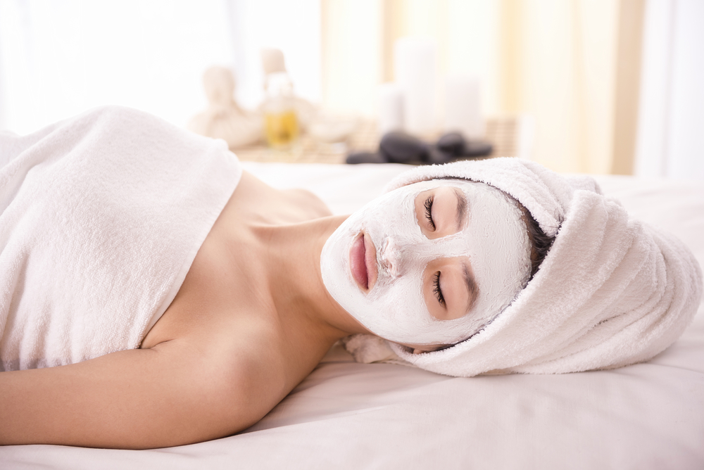 Experience the Benefits of Professional Spa Facials