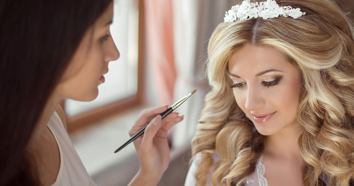 A Beauty Timeline for Your Stress-Free Wedding