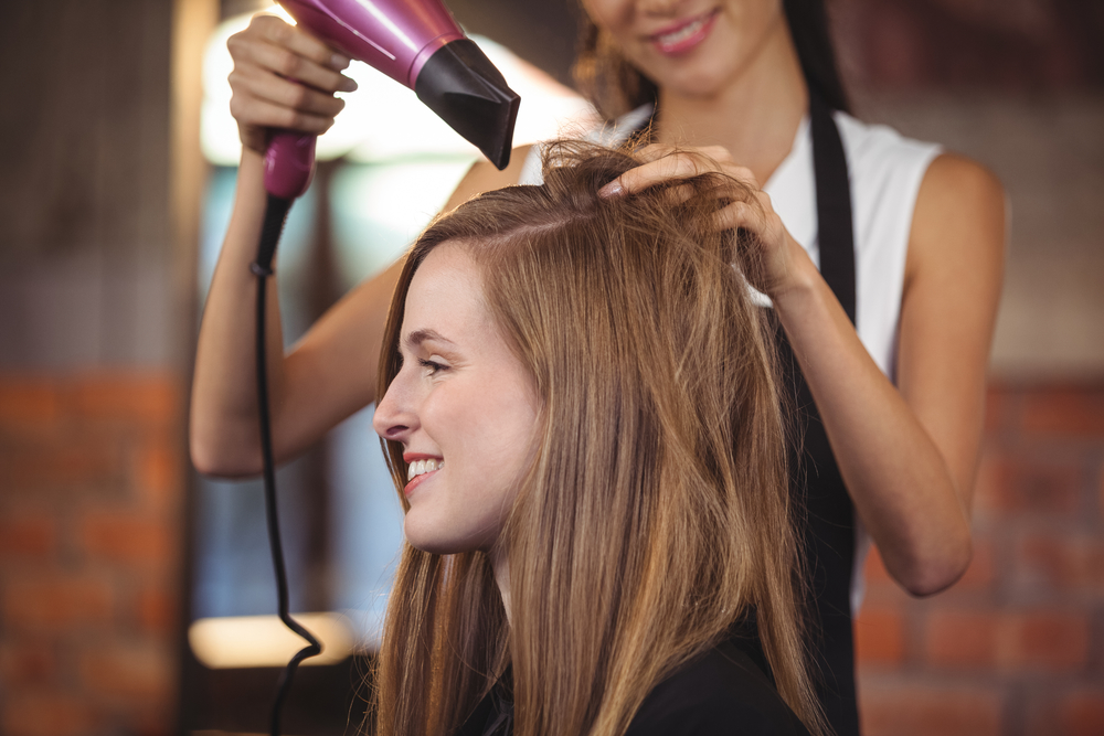 How to Communicate with Your Stylist Effectively